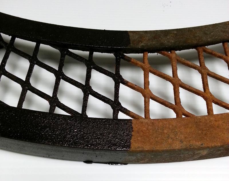 RUSTZILLA rust remover - remove rust - grate detail
